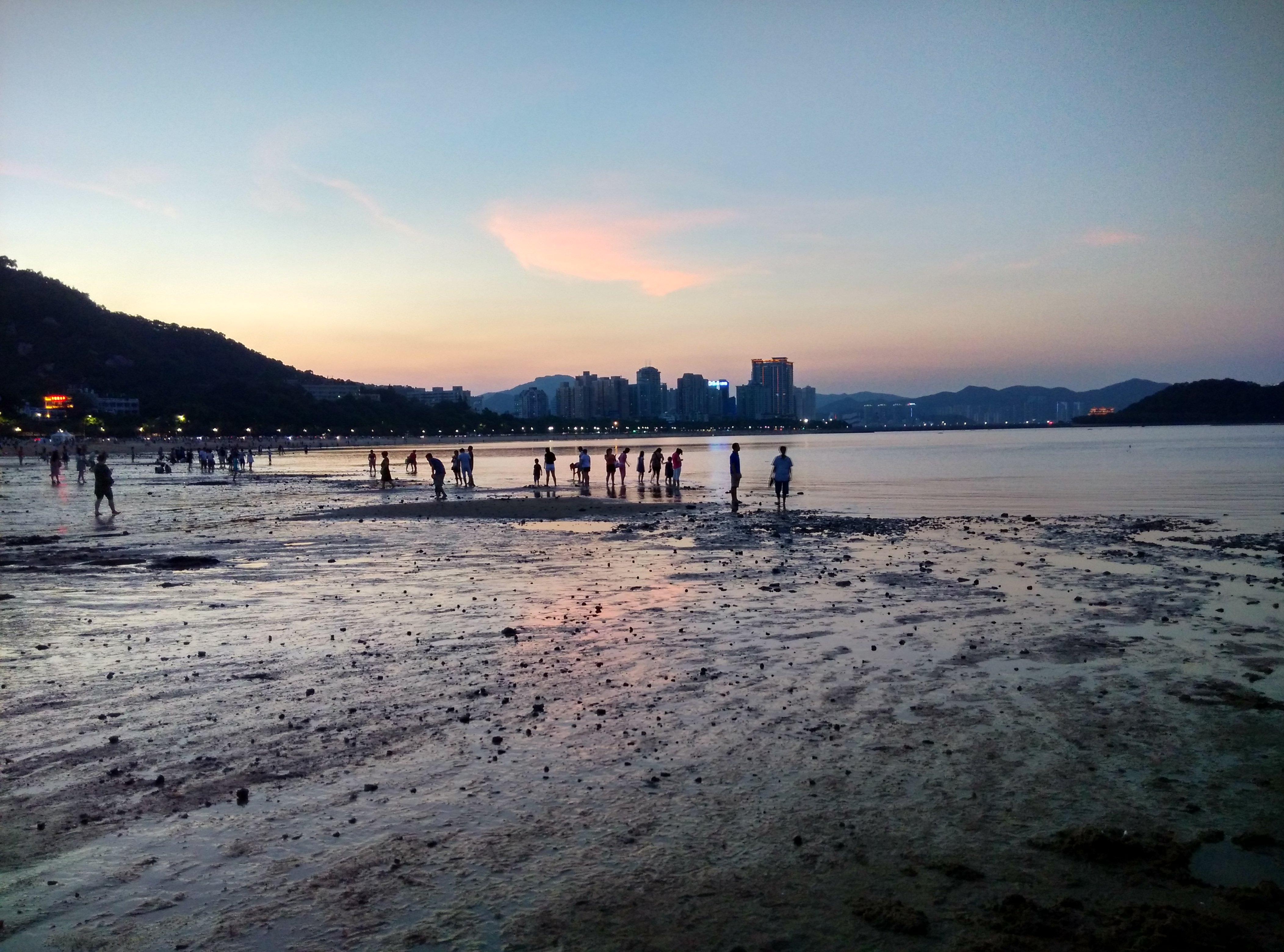 7月23日,黄昏,晴,海滨公园沙滩,退潮,原图无PS